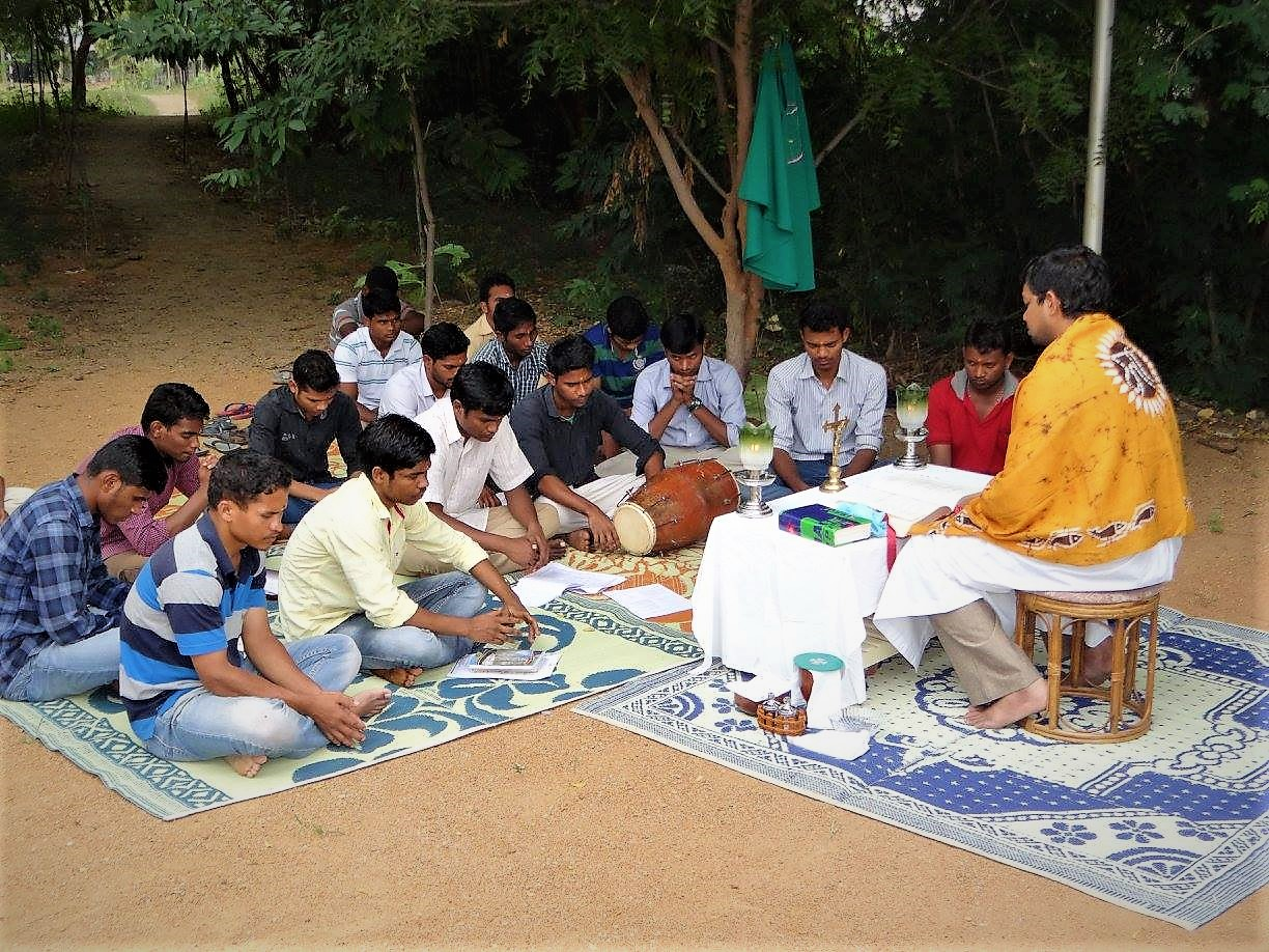 Pune, India: Young Indian Christians' View of the Church