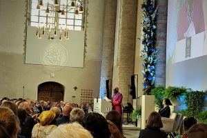 South Sudanese Bishop Paride Taban Receives Four Freedoms Award